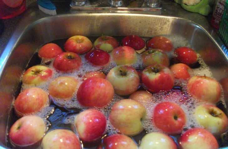 How To Remove Pesticides From Your Produce