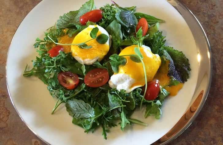 Anti-Inflammatory Anti-oxidant Fighting Benefits of Breakfast Salads