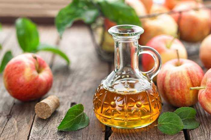 apple-cider-vinegar-in-small-bottle1